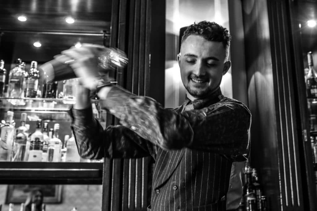 jobs in brighton, cocktail bartender at the Grand Brighton