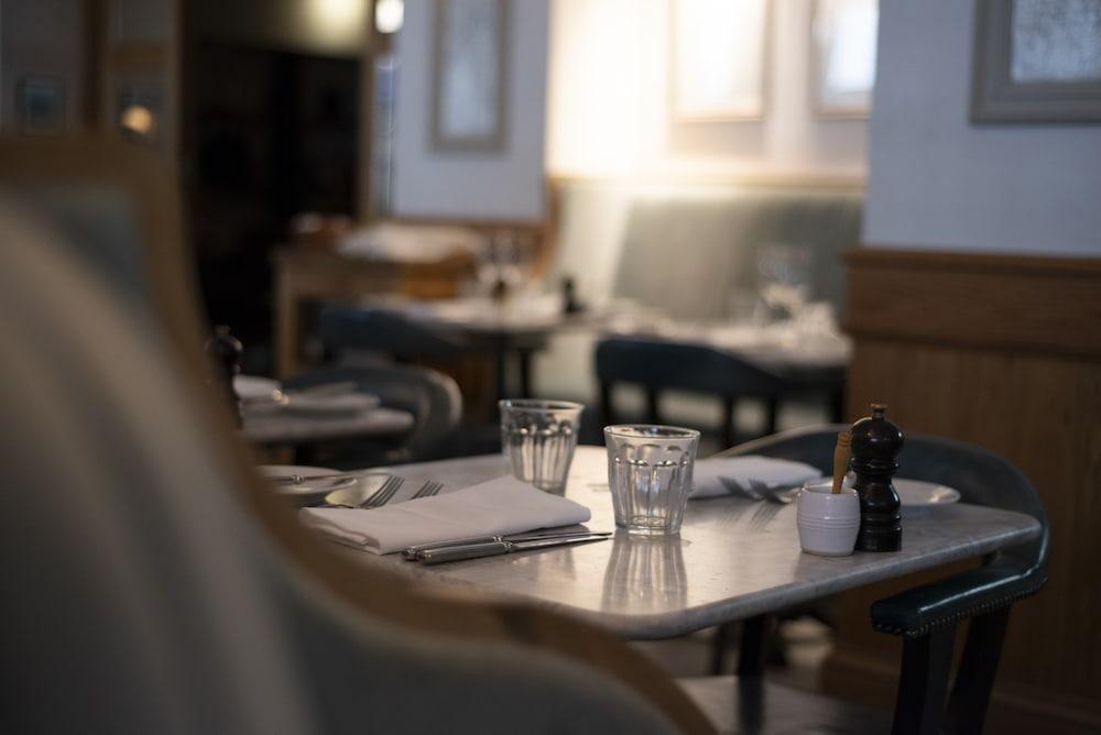Table setting at Hotel Du Vin Brighton