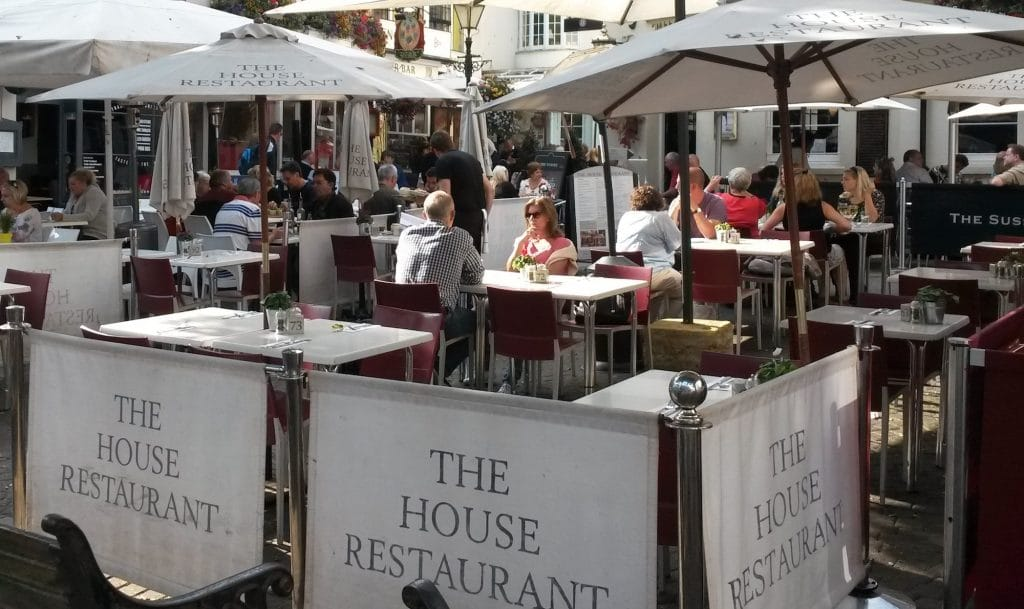 Alfresco dining at alfresco - A great spot for a Sunday Roast in Brighton