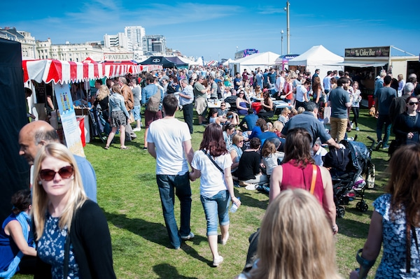 Crowd on Hove lawns - Brighton Food Festival - Brighton Foodies Festival