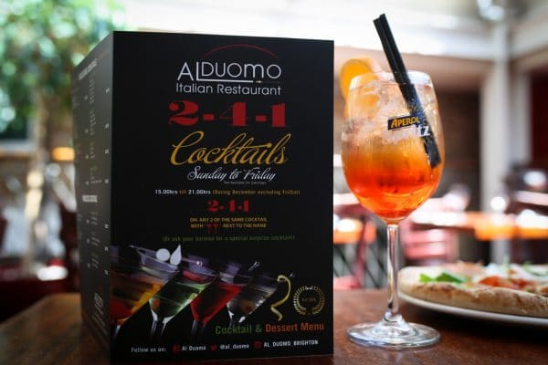 Restaurants with Entertainment, 241 Cocktail