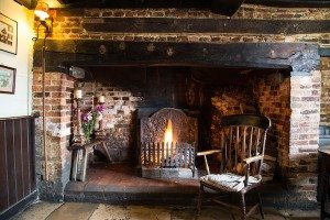 pubs with fires, The Fountain Inn, Ashurst, Steyning, Country food pub, restaurant
