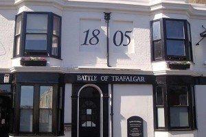 Battle of Trafalgar, real ale pub, Brighton station, food pub, Guildford Road