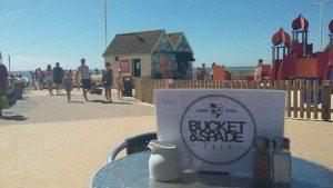 Best dog friendly brighton brunch, bucket and spade cafe, dog friendly cafes brighton, seafront, review,