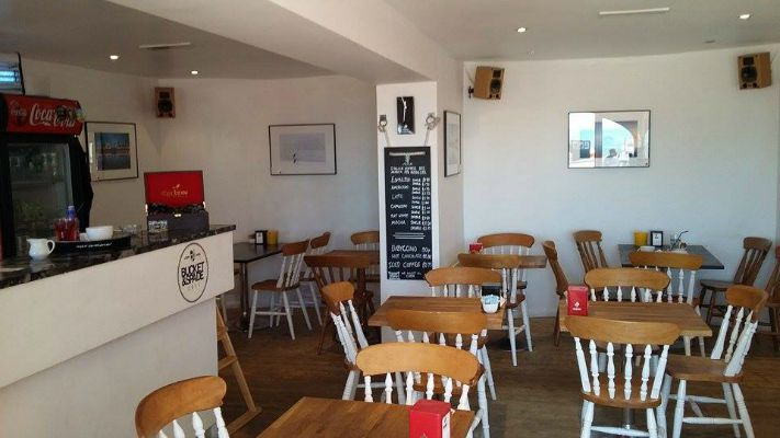 brunch, bucket and spade cafe, brighton, seafront, review,