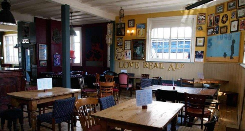 pubs with fires, the exchange, hove, pubs, dog friendly