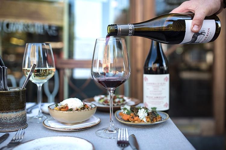 wine, food, drink, alfresco, Fourth and Church, Hove, wine bar, restaurant