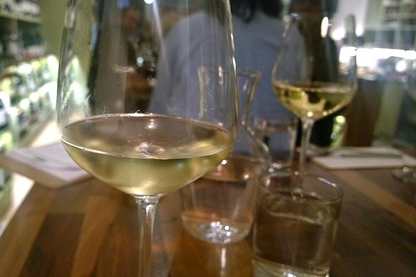 fourth and church, church road, hove, review, wine, wine bar