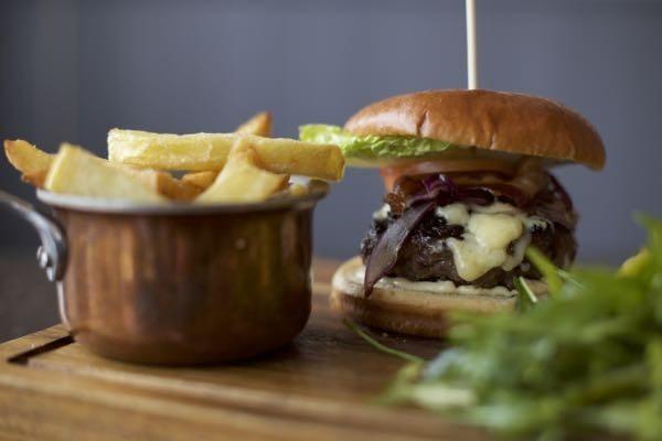 The Schooner Southwick, burger, Restaurants, Brighton