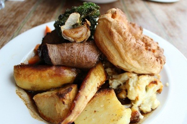 Sunday Lunch at the schooner inn southwick, roast beef