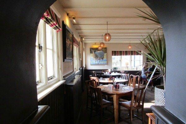 Rainbow Inn Dining Area