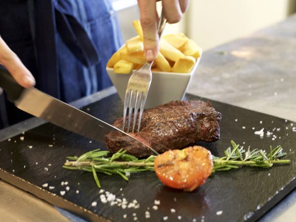 how to cook a pavé steak, The Old Bank, Steak and Ribs Restaurant, Kemptown, Brighton