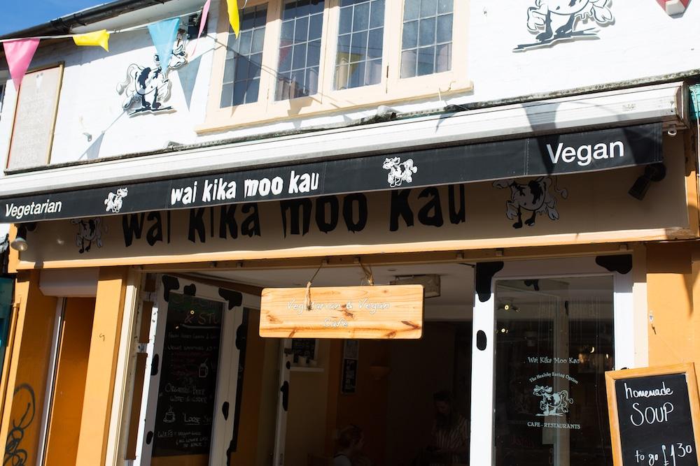 Wai Kiki Moo Kau Brighton