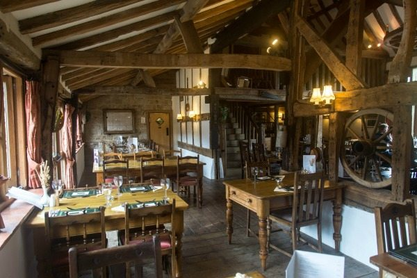 Oak Barn, Burgess Hill, restaurant interior