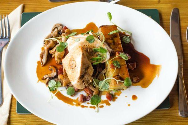 Oak Barn, Burgess Hill, chicken with mushroom and truffle