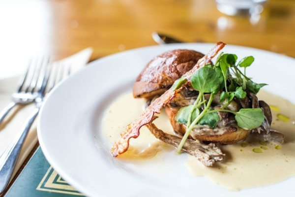 Oak Barn, Burgess Hill, mushroom and brioche starter, food pubs Brighton