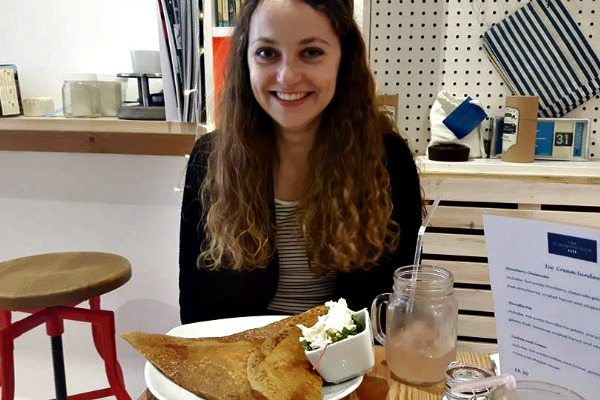 The Creperie girl with crepe