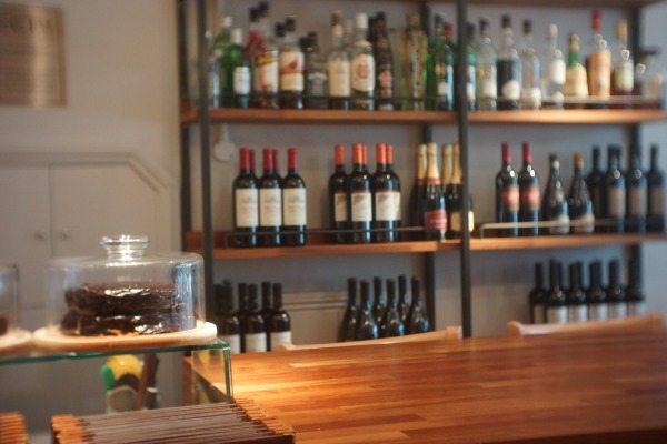 Edendum-counter-wine
