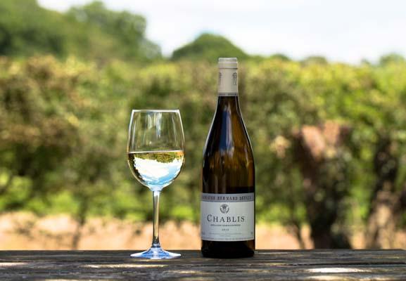 Wine at the Crabtree Pub Sussex