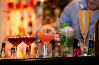 Main page for Drakes of Brighton, boutique cocktail bar in anaward-winning boutique hotel, Marine Parade, Brighton Seafront