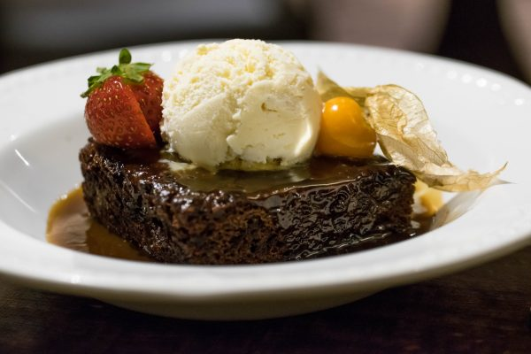 Sticky Toffee Pudding, The Sportsman Pub, Goddards Green, West Sussex