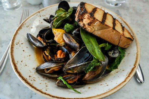 Mussels at The Salt Room Brighton - Foodie Eshe