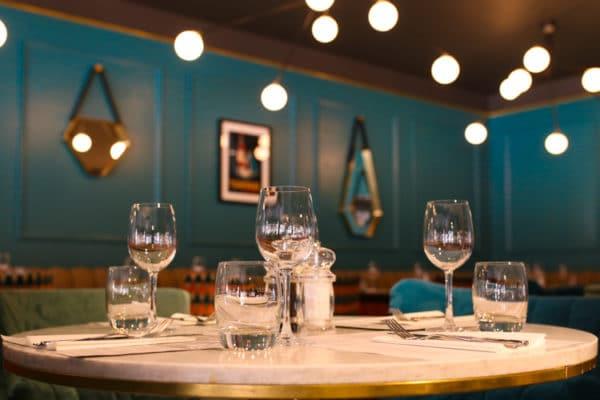 Table setting at Aqua