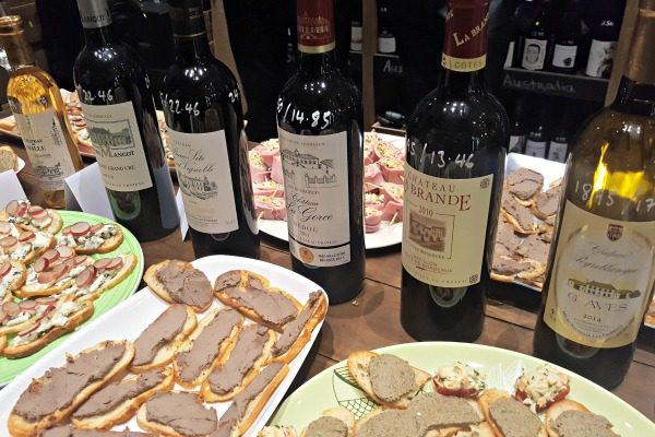 canapes-and-wine-at seven cellars