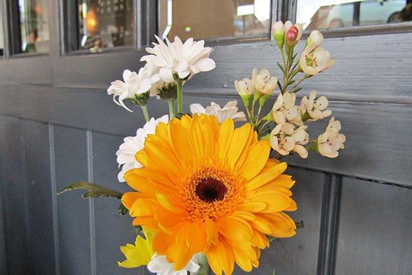 Libation, Hove, Sunday Roast Review, Fresh flowers