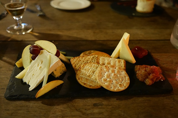 Fountain Inn, Ashurst, Desert - Sussex cheeses with homemade chutney and quince jelly