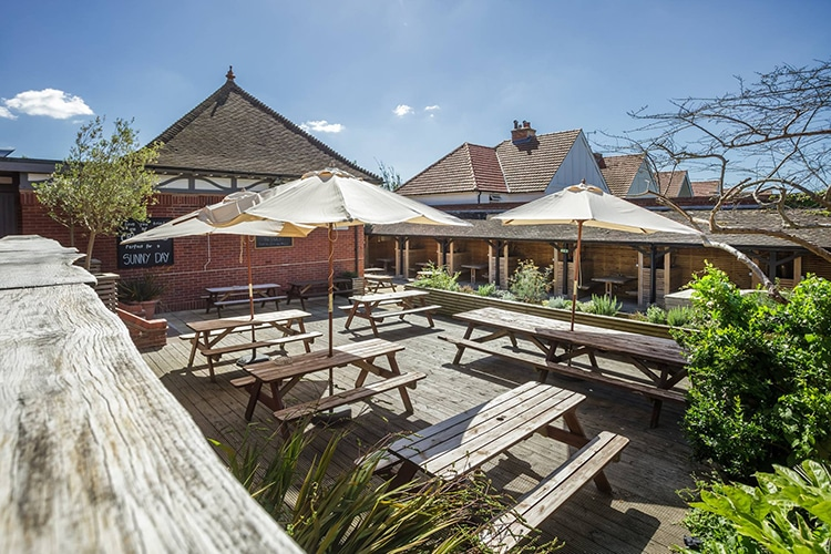 The Garden Bar, Hove, food pub, alfresco, beer garden