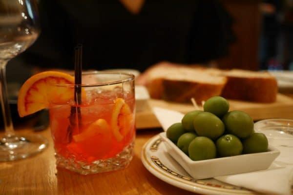 fresh olives and cocktail at semolina