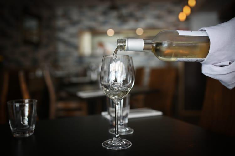 white wine at petit pois