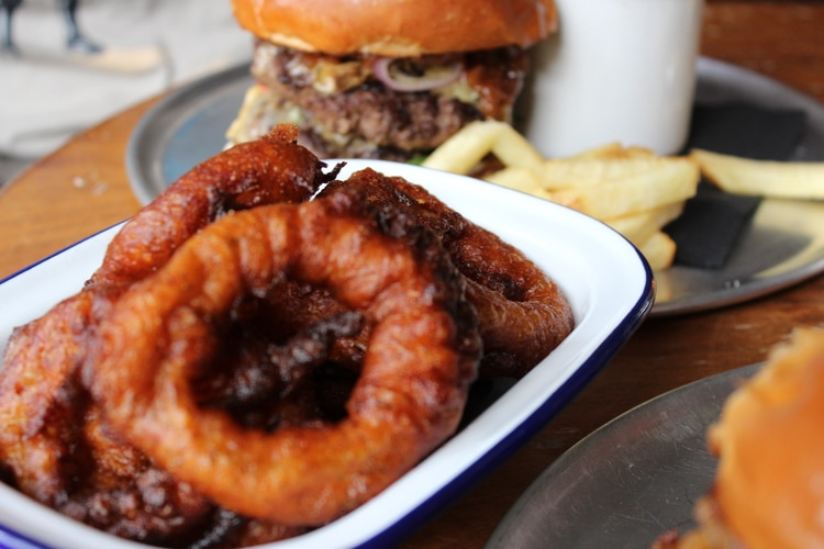 onion rings at sidekick kitchen