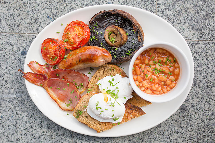 Full English breakfast at Queen's Park cafe, Starfish and Coffee