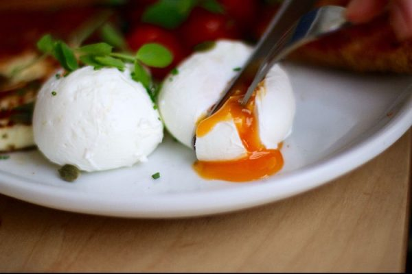 Poached eggs at Starfish and Coffee, Brighton