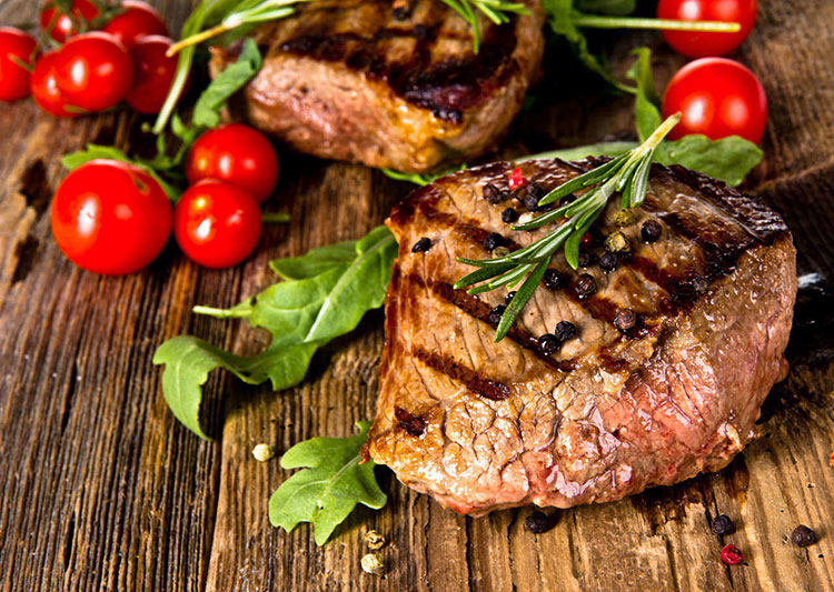 gluten free, steak with tomatoes and herbs