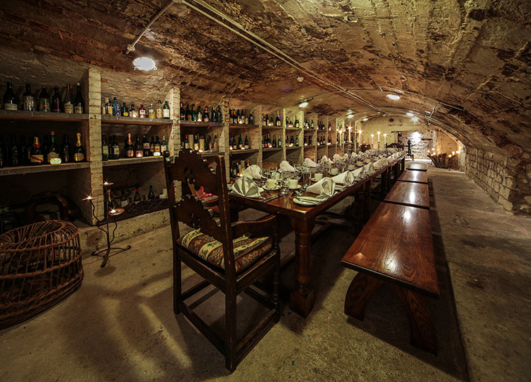 Private dining and parties in the wine cellar, Steak on Sea