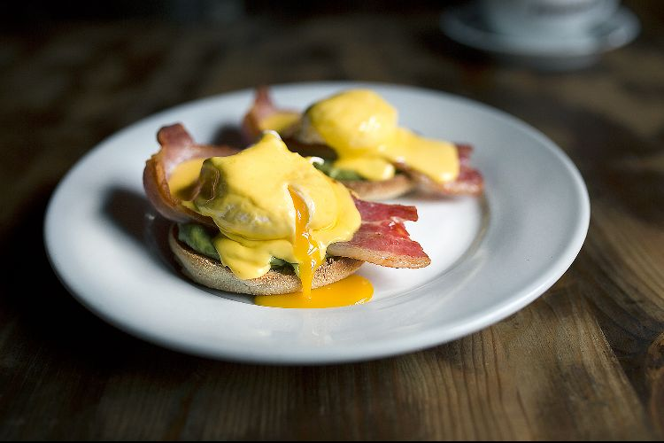 Eggs Benedict with bacon at Grow 40