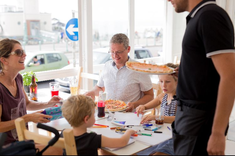 Family dining at West Pier Pizzeria