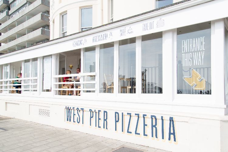 West Pier Pizzeria restaurant. Dog friendly pubs brighton