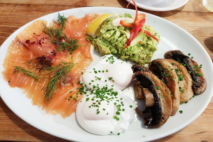smoked salmon and eggs at joe's cafe