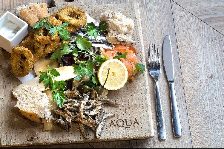 Aqua Lewes - Seafood platter board