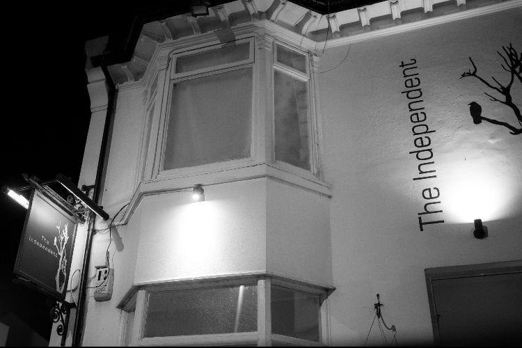 Independent Pub Hanover evening review - Brighton Pubs