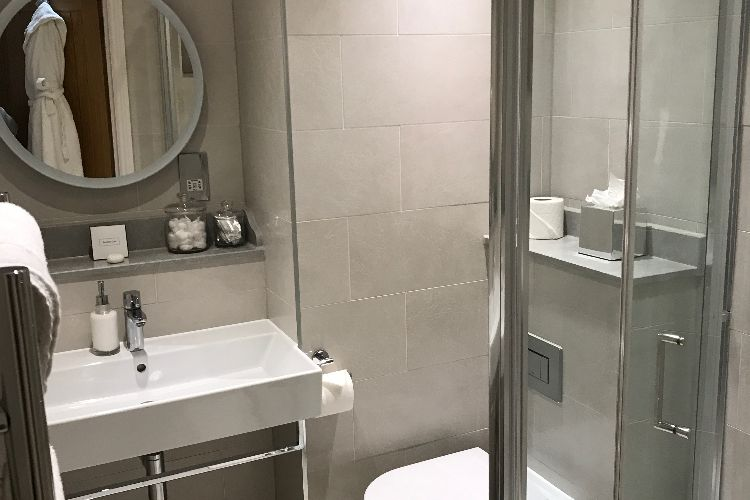 Hotel With Jacuzzi In Room Uk Brighton