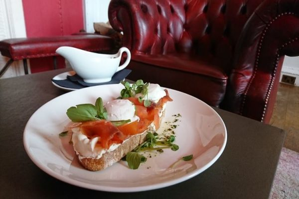 Proud-country-house-breakfast-salmon-eggs