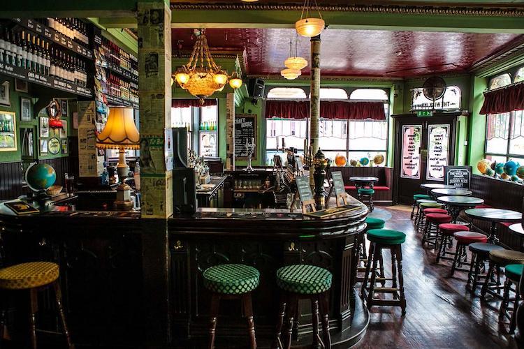 Thai food pubs Brighton
