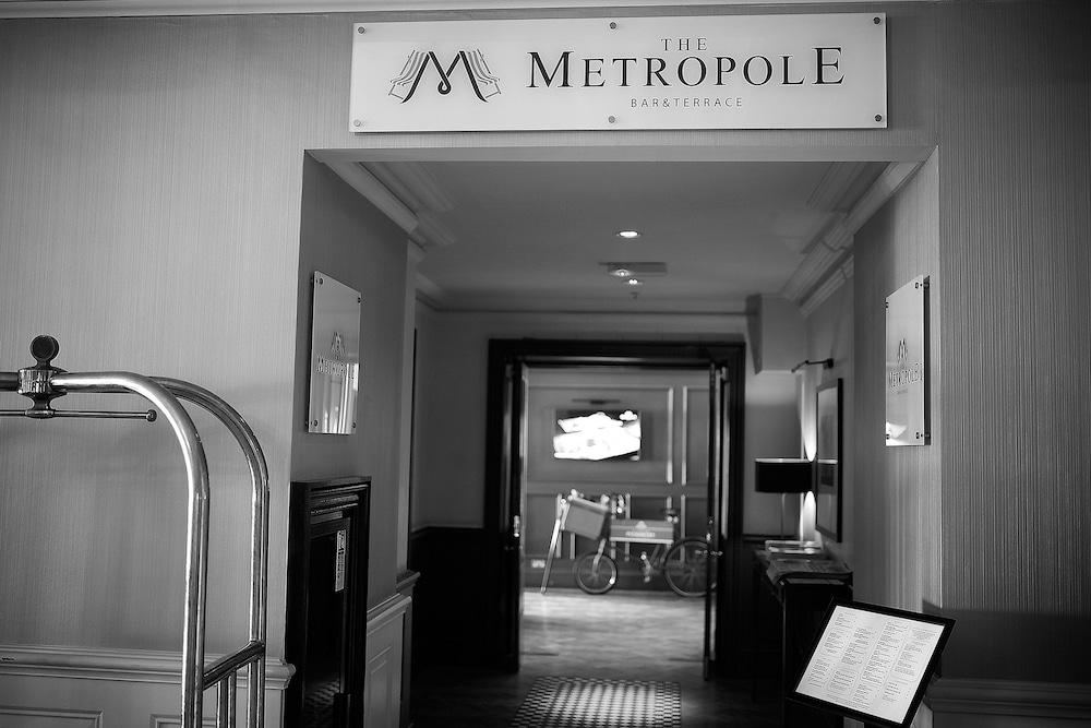 Hilton Brighton Metropole Bar Review