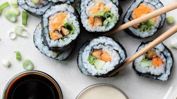 vegan-veggie-sushi-rolls-46-1170x658