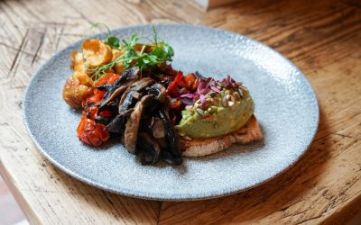 Vegan brunch at Lost in the Lanes Brighton, guacamole, field mushrooms, roasted peppers and potatoes